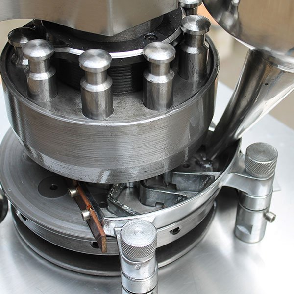 ZP-Rotary-Tablet-Press-Machine(2)